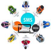 Koncept zprávy digitálních médií