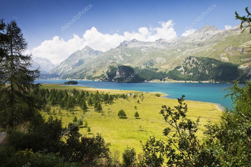 シルス湖 - スイス周辺ウォーキ...