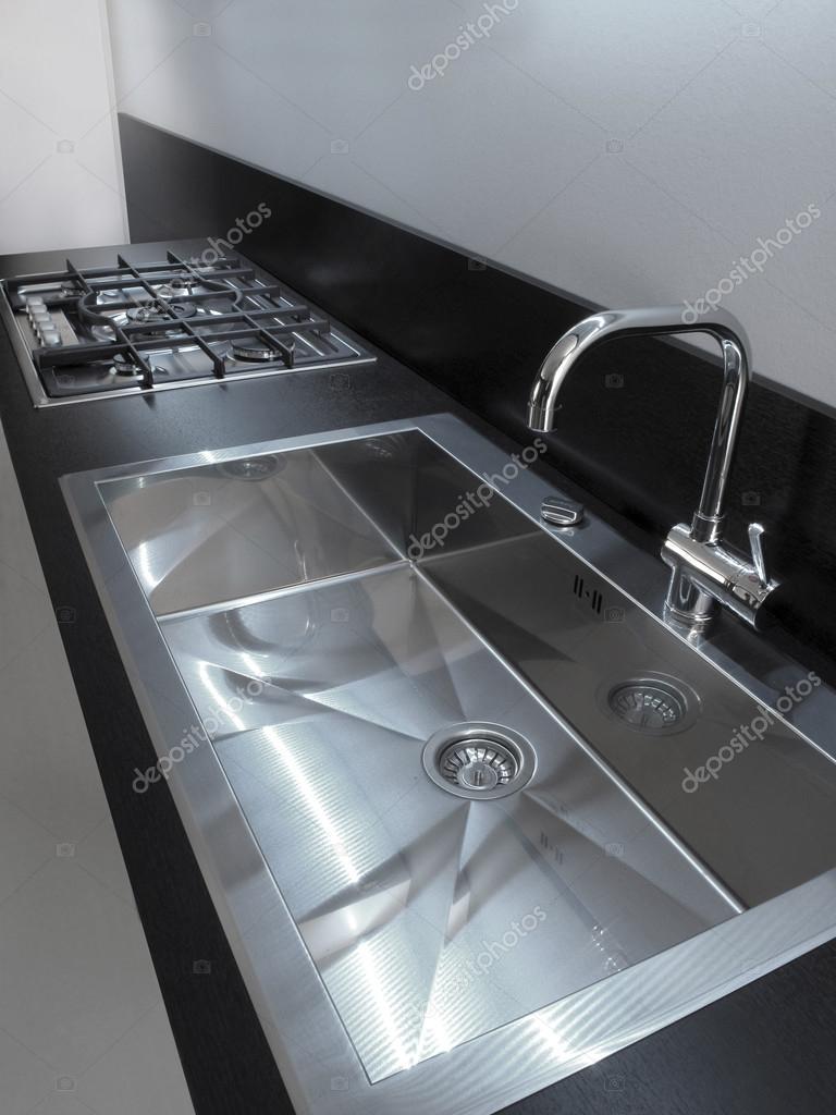 Lavandino Cucina In Acciaio.Lavandino Di Cucina Moderna In Acciaio Foto Stock C Oscaro 96083086