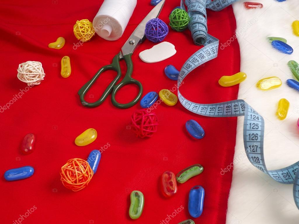 Weihnachten Nähen Stillleben umfasst Stoff und Handwerk liefert zum ...