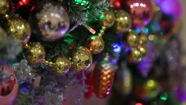 Karácsonyi díszek, labdák