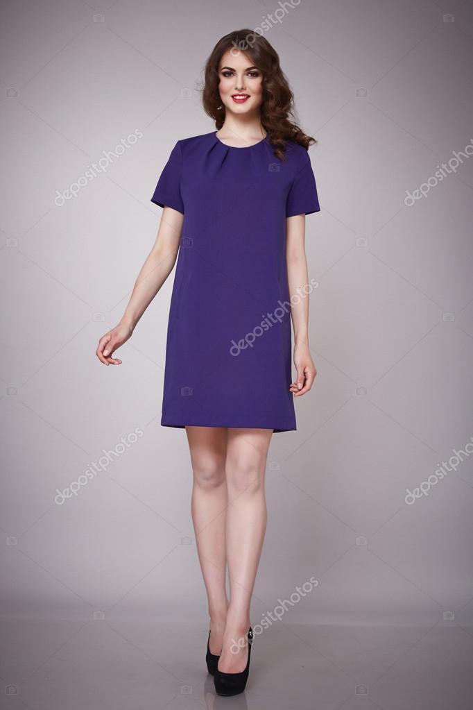 Morena de modelo de belleza moda ropa casual colección mujer — Fotos ...