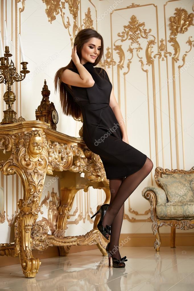 Szép szexi nő gyűjteménye ruhák üzleti divat-stílus — Stock Fotó ... d45806ac56
