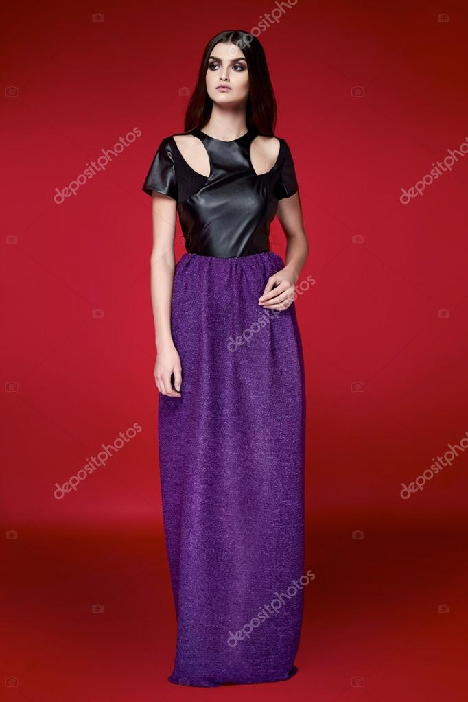 Hermosa mujer sexy vestido de catálogo de la colección de ropa ...