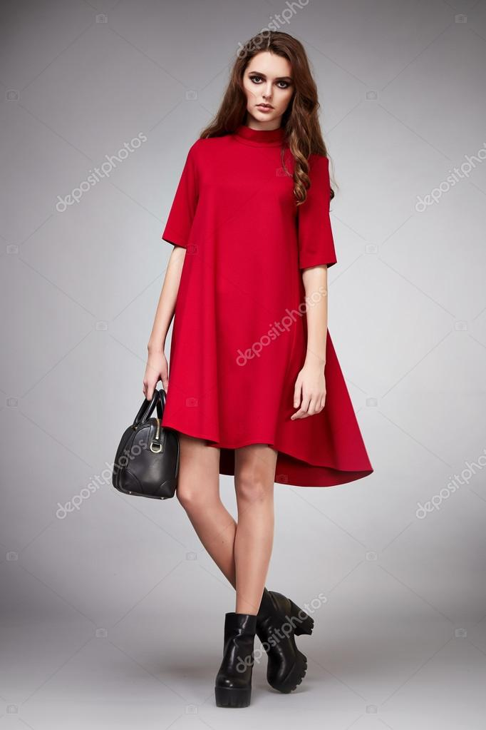 ecb9fb83bd35 ... σχήμα μαυρισμένο σώμα make-up που φοράει φόρεμα κοστούμι φούστα συλλογή  Κατάλογος πουκάμισο στυλ μόδας αξεσουάρ κατάστημα πώληση επιχειρηματίας —  Εικόνα ...