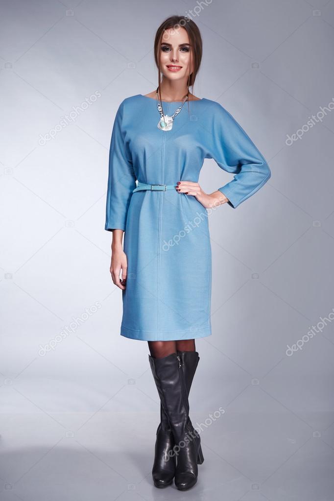 Жіночий одяг макіяж каталог колекції моди стиль– стокове зображення 1d395a30454e3