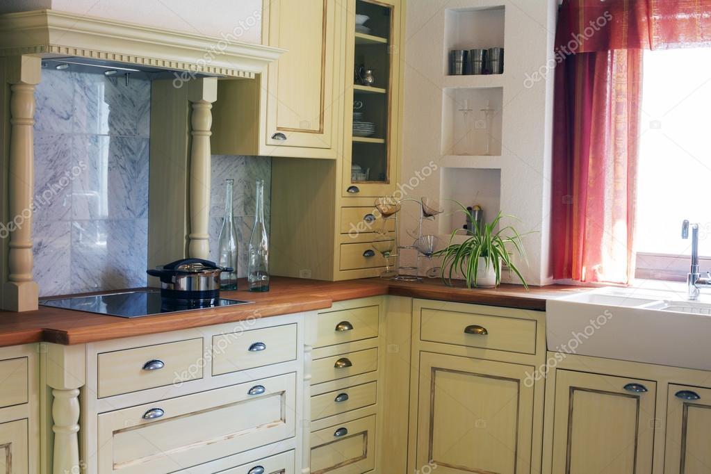 cucina di campagna — Foto Stock © wernerimages #74748181