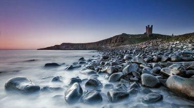 Dunstanburgh castle north side