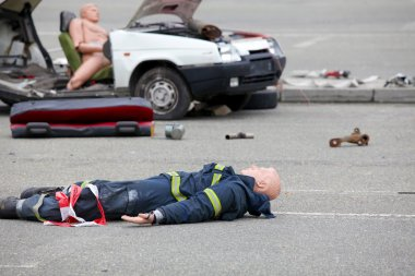 Dummy representing a car accident