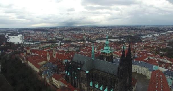 letecký pohled na Prahu, Českou republiku.