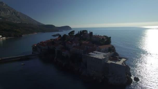 Letecký pohled na ostrově Sveti Stefan