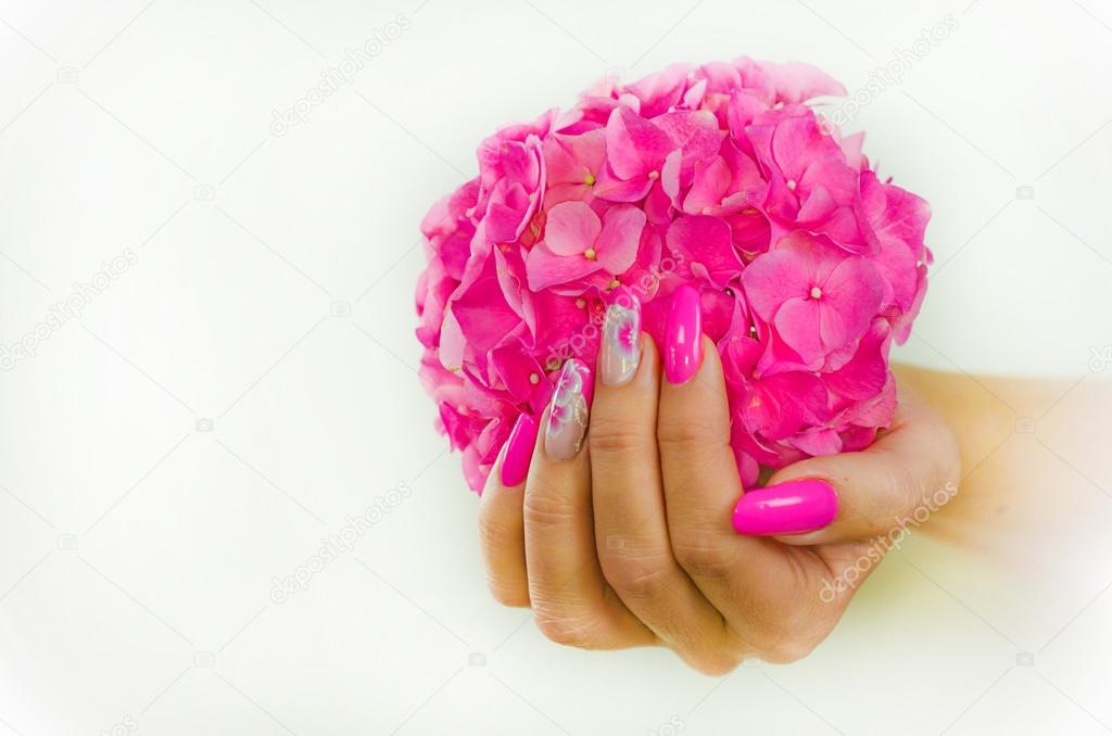color de uñas para primavera — Foto de stock © pmmart #107020380
