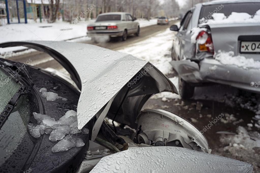 The accident on the winter road.