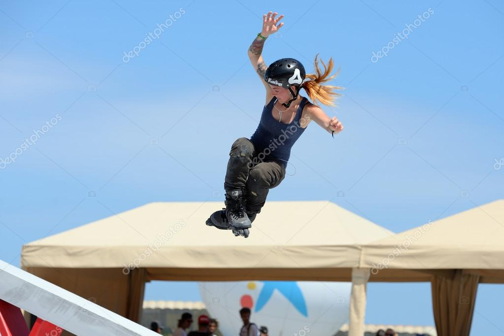 A professional skater at LKXA Extreme Sports Games – Stock Editorial
