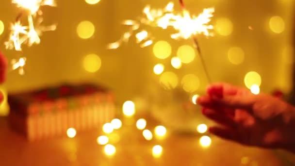 Pár skleniček šampaňského a společně oslavíme Nový rok 2021