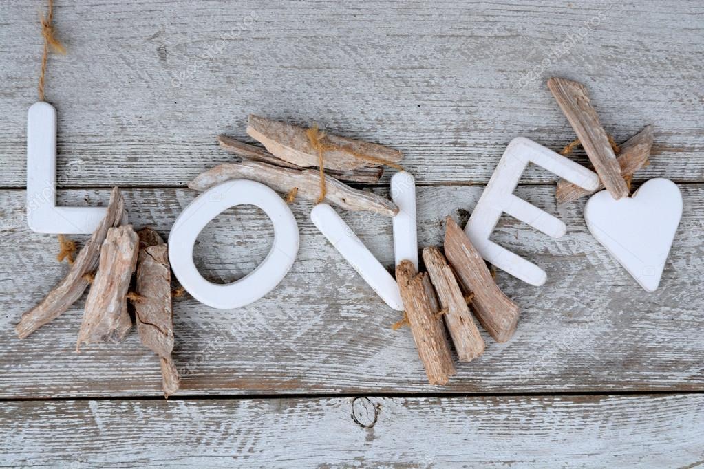 Aus Holz Alt Weiss Regale Hintergrund Mit Holz Liebe Briefe Und Herz