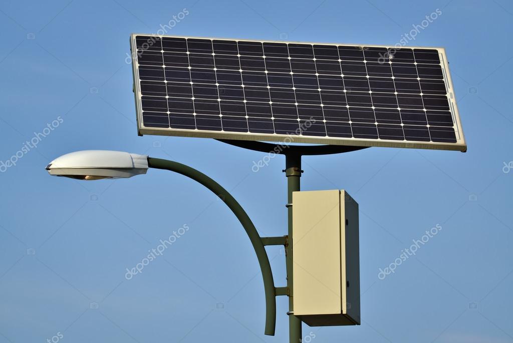 Lampione e pannello solare foto stock benjaminec for Immagini pannello solare