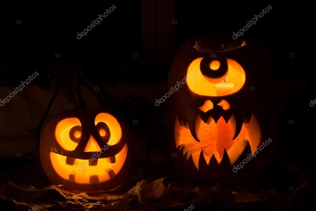 Composizione di foto da due zucche di halloween foto for Immagini zucche halloween