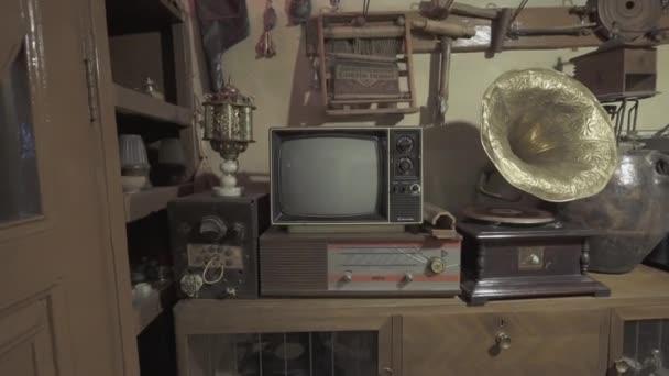 Egy Vintage Televízió. 4K felvételek Törökországban