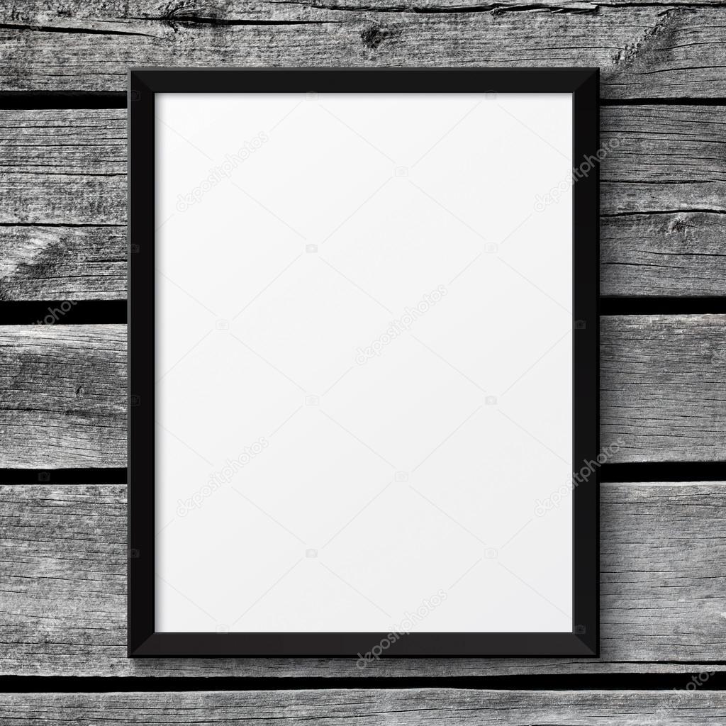Marco de cartel en blanco cuadro negro en la textura de madera ...