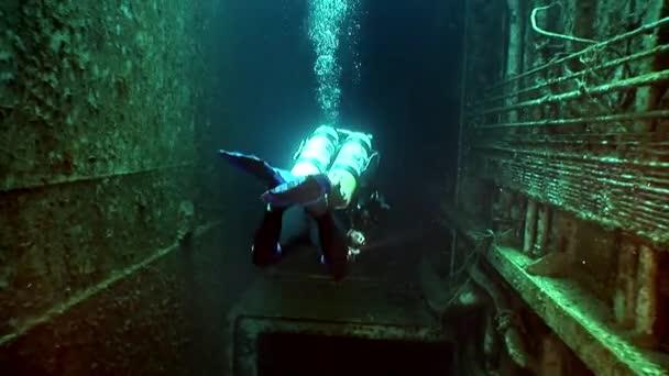 Loď vrak Salem Express pod vodou v Rudém moři v Egyptě.