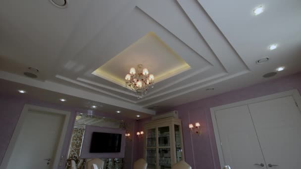Luxe appartement moderne interieur eetkamer u stockvideo