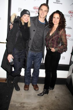 Stacia Robitaille, Luc Robitaille, Andie MacDowell