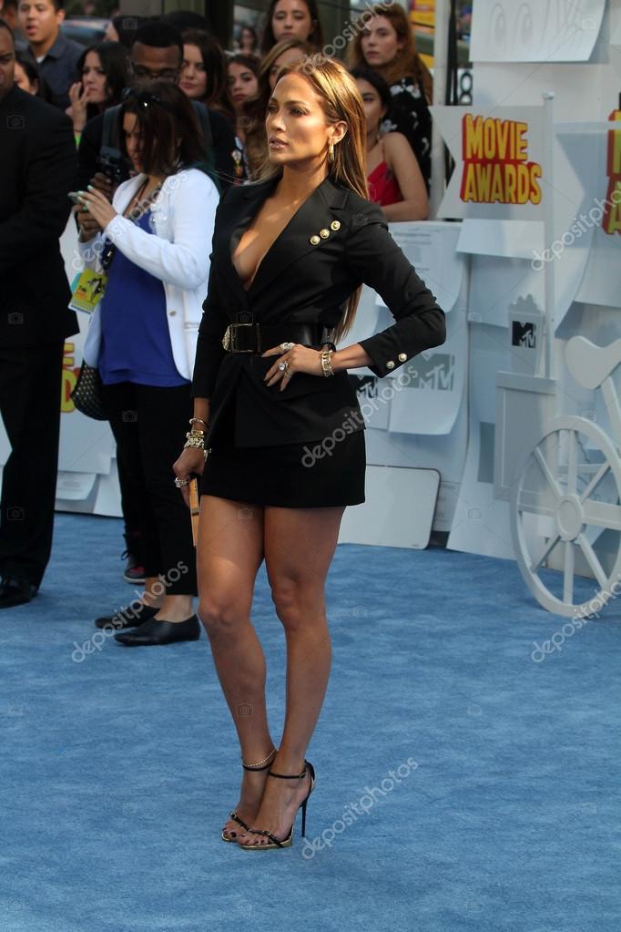 b947cf12da8 LOS ANGELES - APR 11  Jennifer Lopez at the 30th Annual John Wayne Odyssey  Ball