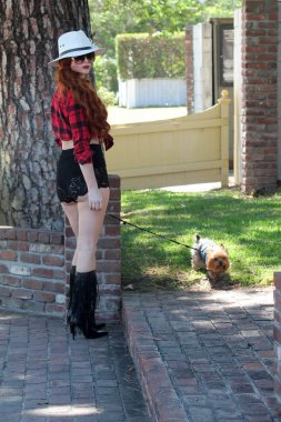 Phoebe Price with dog