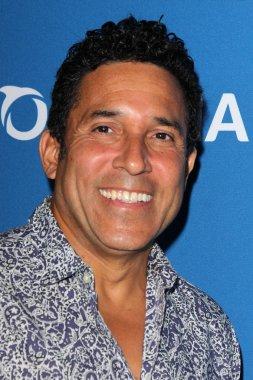 Oscar Nunez - actor