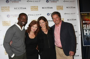 Sterling K. Brown, Brigid Brannagh, Kim Delaney, Brian McNamara