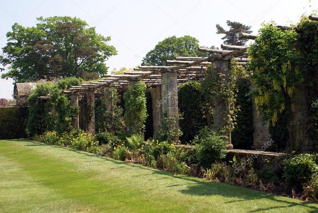 Garten Torbogen Stockfoto Rose4 82830578