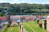 Fényképek A turisták Schlossbastei nézett Bad Schandau szász-Svájc