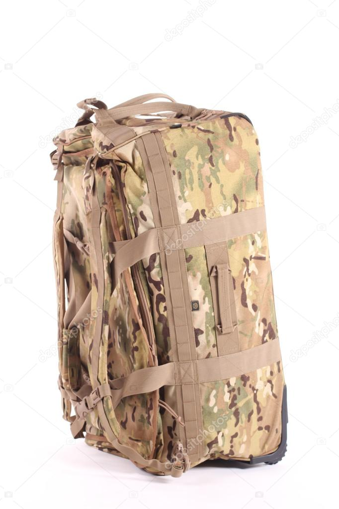 Terepszínű katonai hátizsák - elszigetelt fehér — Stock Fotó © v.gi ... 8d0cd7f990