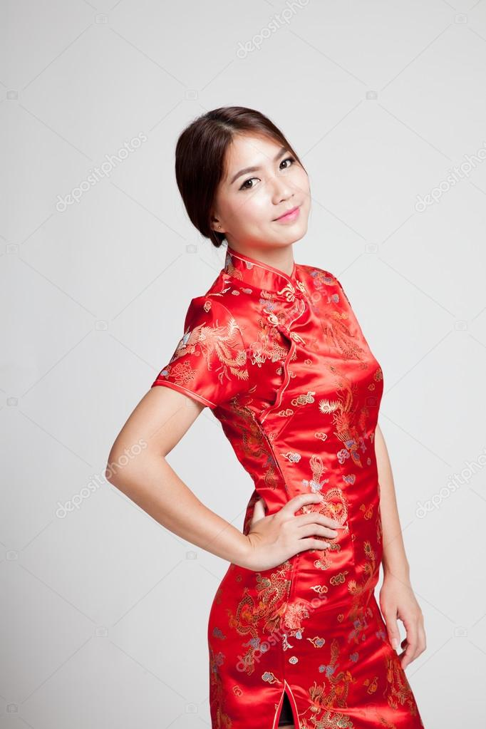 12b37a1a35 Asian girl in chinese cheongsam dress on gray background — Photo by ...