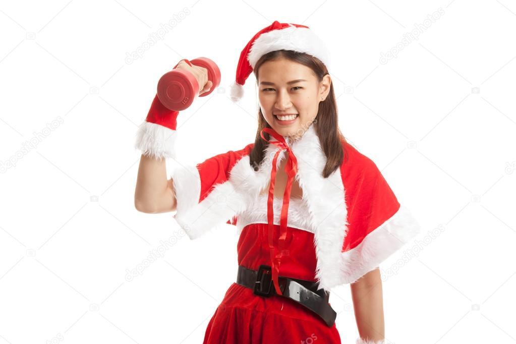 69f7a7c5b807 Ragazza asiatica di Natale con Babbo Natale vestiti e manubrio rosso  isolato su priorità bassa bianca — Foto di ...