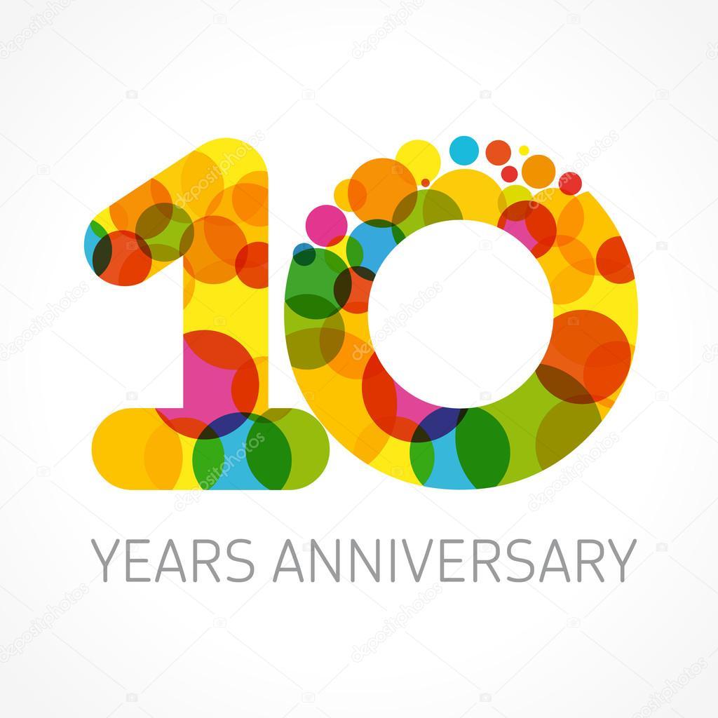 10 år jubileumslogotypen cirkel färg — Stock vektor