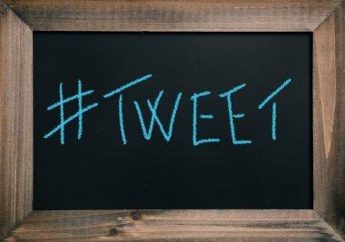 Blue Tweet text