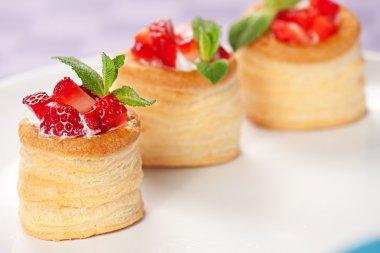 Strawberry Tarts with Fresh Cream