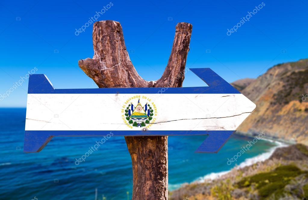 El Salvador flag wooden sign