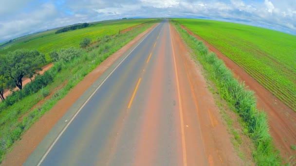 Venkovské silnice v Brazílii