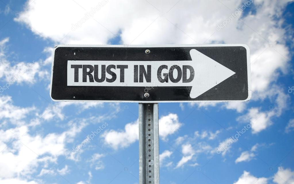 Trust in God direction sign
