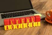 Právní poradenství na dřevěných kostek