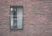 téglafal, a windows - retro, vintage