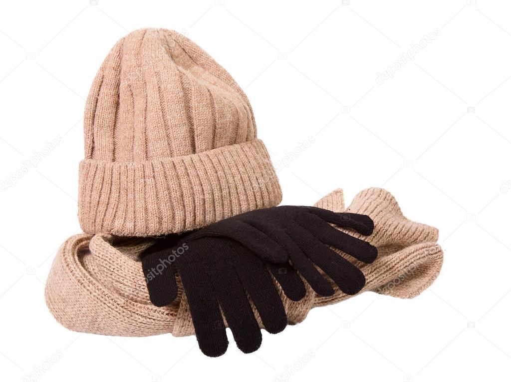 77e63016d1c3 Ropa para una temporada de frío: gorro de lana, bufanda y guantes ...