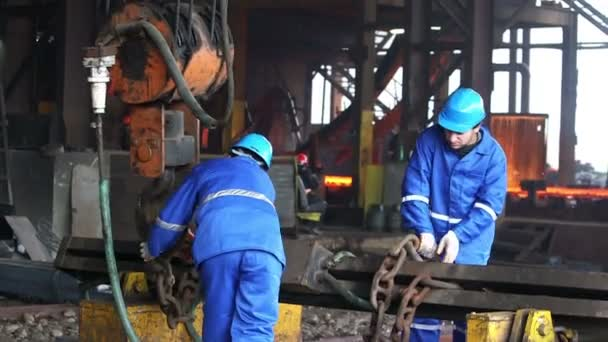 Male workers works in the Foundry