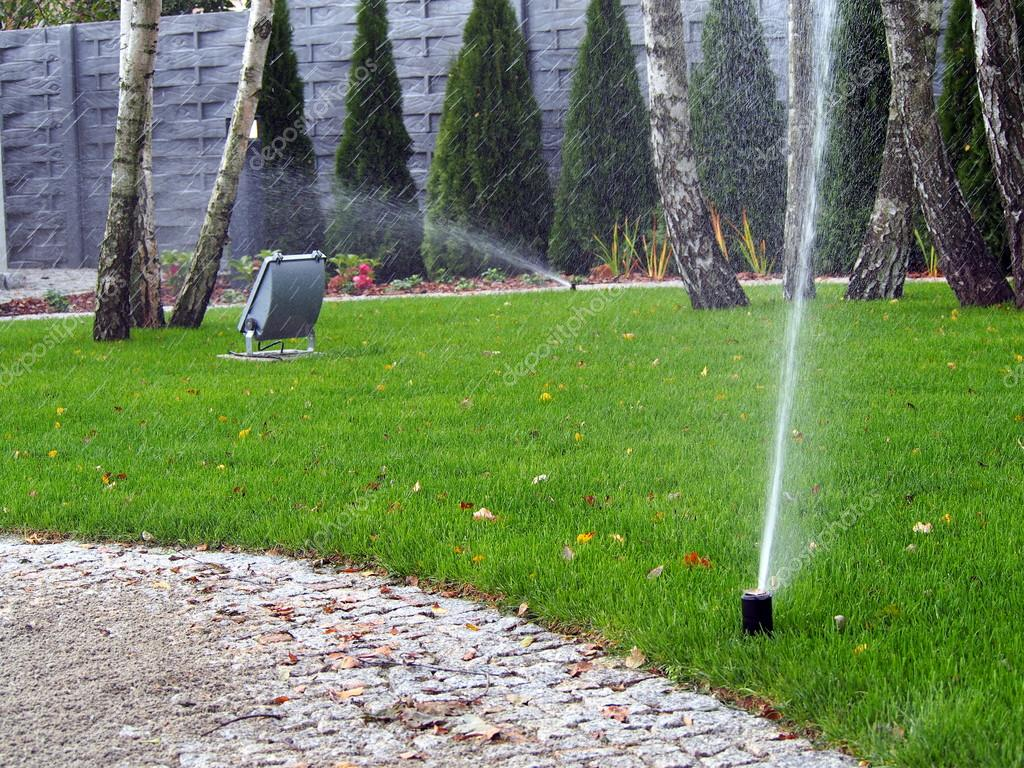 Garden automatic irrigation system, working sprinkler