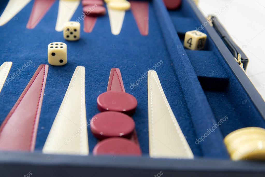 Juegos De Mesa Backgammon En Juego Fotos De Stock C Martince2