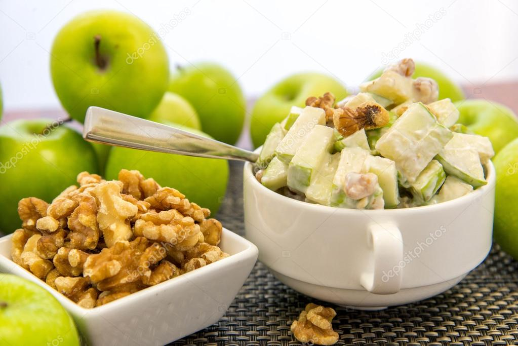 green apple and walnut salad