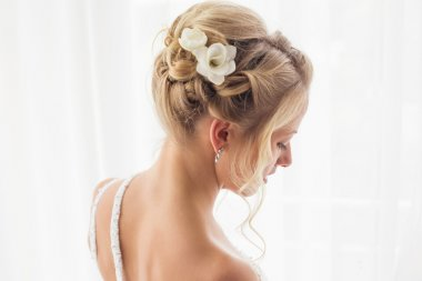 A beautiful brides hairstyle